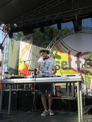 DJ Elixir