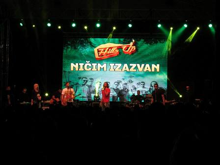 nicim_izazvan_hillsup