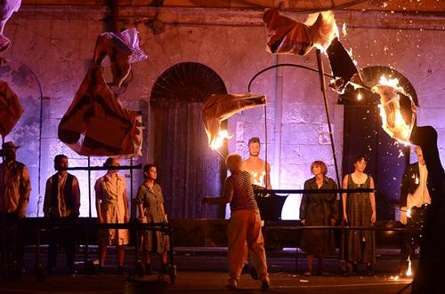 Scene iz predstave GERNIKA (3)
