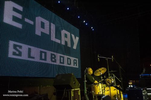 e play 4