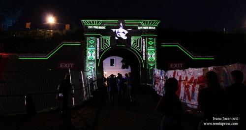 exit4 24